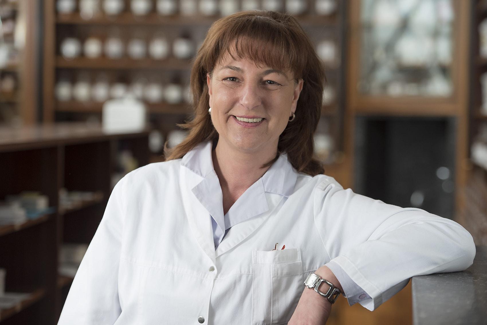 Susanne Fischl - pharmazeutisch-kaufmännische Assistentin, Team Apothekenleiterin Apotheke zur heiligen Elisabeth