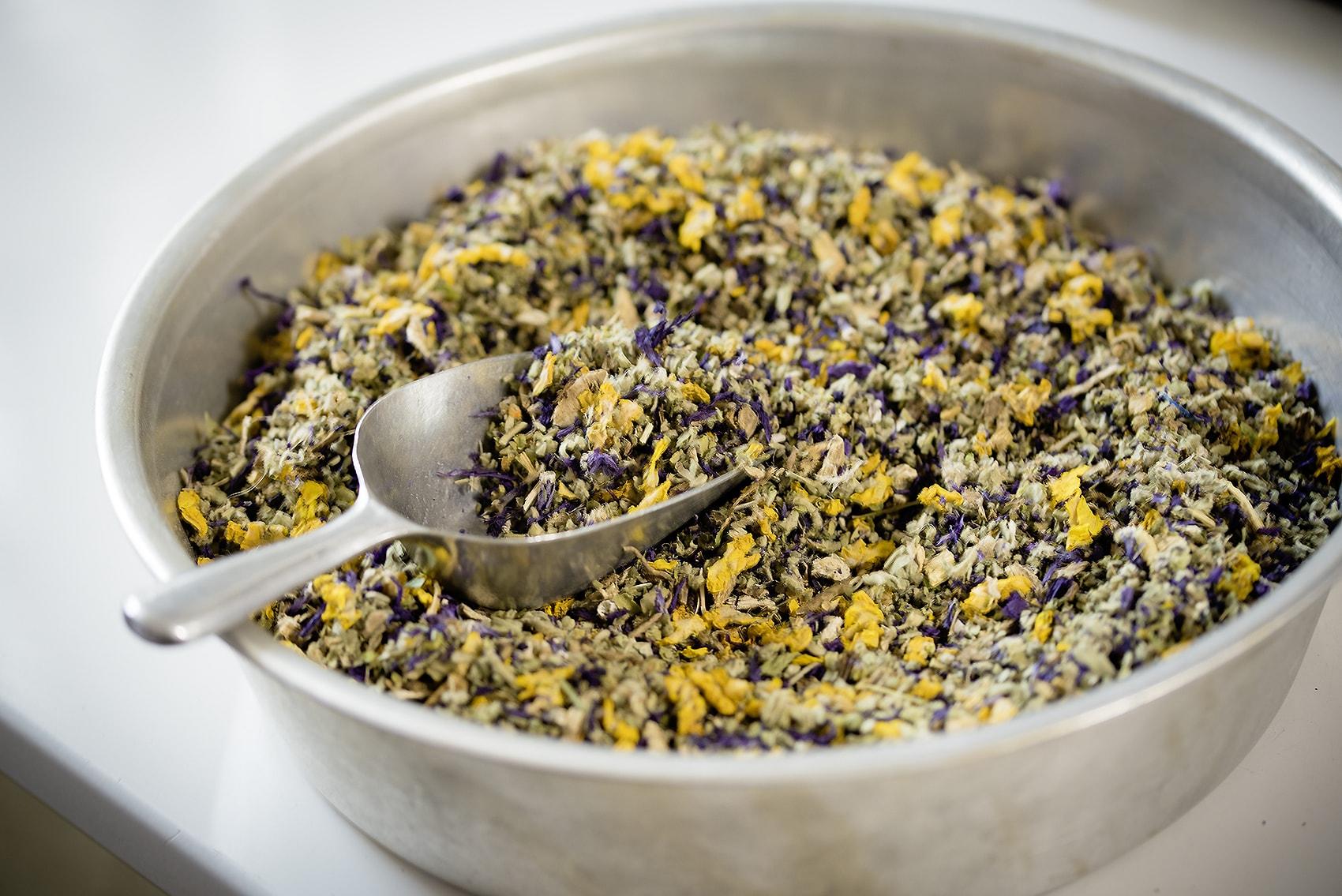 Tees - Apotheke zur heiligen Elisabeth